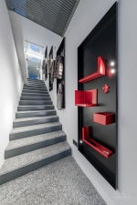 stairway house P