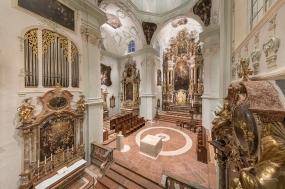 stiftskirche st-peter salzburg
